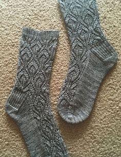 Ravelry: Peperomia socks pattern by verybusymonkey Lace Knitting, Knitting Socks, Knit Crochet, Crochet Shoes, Knitting Machine, Vintage Knitting, Crochet Granny, Knitted Socks Free Pattern, Knitting Patterns Free