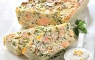 Fancy a gourmand terrine? Then comply with our recipe for salmon trout with fromage blanc. A deal with for the entire household. Trout Recipes, Salmon Recipes, Mousse, Quiche, Buffet, Good Food, Yummy Food, Low Calorie Snacks, Cooking Recipes