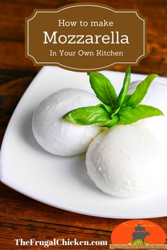 Recipe You Can Make In 30 Minutes The easiest mozzarella recipe I ve ever seen.The easiest mozzarella recipe I ve ever seen. Cheese Recipes, Real Food Recipes, Cooking Recipes, Yummy Food, Healthy Recipes, Goat Milk Recipes, Cooking Tips, Make Mozzarella Cheese, Fresh Mozzarella