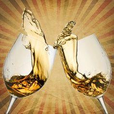Die Kunst, richtig anzustoßen: Das Gläserklirren kommt so langsam aus der Mode. Vornehm ist, wer das Glas lediglich anzhebt, sich zunickt und zuprostet: Zum Wohle!