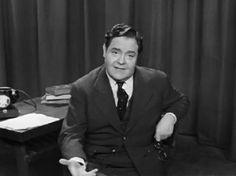 João Villaret- foi  ator, encenador e um grande declamador português.(Lisboa, 10 de Maio de 1913 —  21 de Janeiro de 1961)