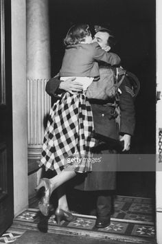 For hundreds of thousands of families around the world, 1945 marked the first happy Christmas celebrated together after the sad and lonely years of war. Here's a girl throwing herself on her British soldier as he arrives home for keeps. For more: www.elinorflorence.com/blog/christmas-1945.