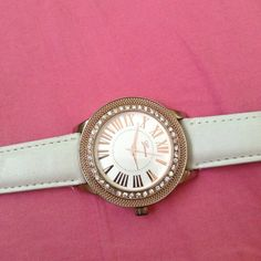 Cute watch WILL TAKE OTHER OFFERS Cute white watch with gold!! Used but in good condition. Accessories Watches