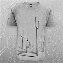 """√ Muse - Origin of Symmetry #own Celebrating 10 years of """"origin of Symetry"""" release, I saw this advertised this morning and just HAD to have it.  although I still have a soft spot for the first album the cover of Origin is an classic..the thing I love most?...the lack of overpowering logo on the front...Tasty!"""