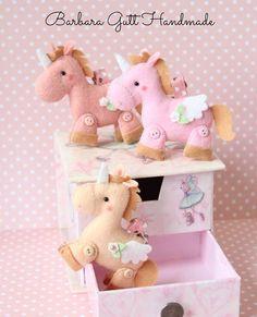 Lindos unicornios d fieltro para decorar habitación de bebés o niñ@s
