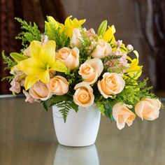 Send Peaches and Blooms Bouquet in Los Angeles, CA from Westwood Flower Shop, the best florist in Los Angeles. All flowers are hand delivered and same day delivery may be available. All Flowers, Summer Flowers, Beautiful Flowers, Grass Flower, Flower Petals, Flower Arrangements Simple, Asiatic Lilies, Fresh Flower Delivery, Flower Crafts