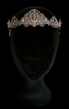 Melanthe tiara