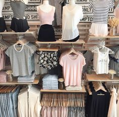 Weathered Signs x Brandy Melville. Teen Fashion, Fashion Outfits, Fashion Trends, Fashion Shoes, Fashion Art, Summer Outfits, Cute Outfits, Store Design, Mannequin