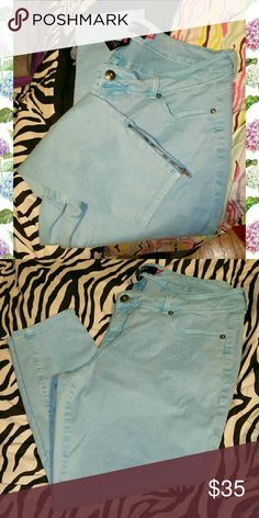 Torrid Stilletto Ankle Zip Jeans Only worn a couple times, EUC. Size 18. Like a neon sky blueish color. Older high end denim style. Meant to be cropped to wear with heels (I'm short tho lol) torrid Jeans Skinny