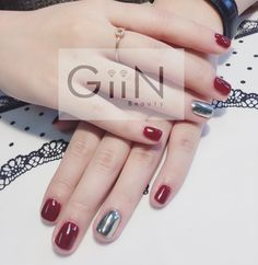 Classic Red X Chrome #nail #nails #nailart #nailpolish #naildesign #nailswag #manicure #fashion #beauty #nailstagram #nailsalon #instanails #nails2inspire #love #ネイル #art #gelnail #cute #gelnails #polish #style #gel #naildesigns #instanail #pretty #girl #nailtech #painting #mirroir #chromenails