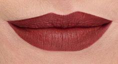 STOIC Younique liquid matte lipstick smudge proof Youniqueproducts.com/brookebachtel