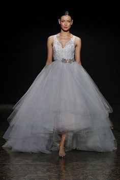 Short Wedding Dresses Will Inspire You To Find The Perfect Design For Your Special Day https://femaline.com/2017/04/29/short-wedding-dresses-will-inspire-you-to-find-the-perfect-design-for-your-special-day/