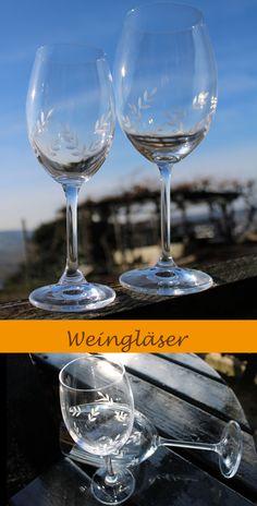 Das hochwertige Rotweinglas von CRYSTALITE BOHEMIA aus böhmischem umweltfreundlichen bleifreien Glas wirkt sehr edel und ist hochwertig verarbeitet. Das hübsche Blatt-Motiv ist handgraviert. Die filigranen Zweige, die sich rund um das bauchige Glas ranken, machen das Rotweinglas zu einem optischen Hingucker der jedem Tisch ein besonderes Ambiente verleiht.