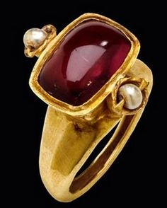 +CREATIVE MUSEUM - An early 6th century Byzantine ring with a pink tourmaline.