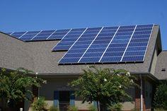 Resultado de imagem para house with solar panels