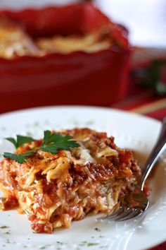 Cheesy Beef Lasagna that's easy to make - you don't even have to boil the noodles!  PAM makes cooking and cleanup easy. #AllstarsPAM