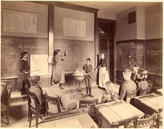 Classroom of Miss Kate Hobart. 1892 November , Horace Mann School, (Collection City of Boston Archives This work is free of known copyright restrictions. Please attribute to City of Boston Archives. For more images from this. Vintage Pictures, Old Pictures, Old Photos, Country School, Country Life, Old School House, Vintage School, School Daze, School Photos