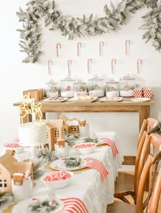 gingerbread house holiday christmas baby shower table and ideas Baby Shower Table Decorations, Baby Shower Themes, Baby Shower Winter, Baby Winter, February Baby Showers, December Baby Shower Ideas, Gingerbread House Parties, Christmas Baby Shower, Diy Wedding Projects