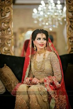 What's more beautiful than red and gold for a traditional bridal dress Pakistani Bridal Dresses, Wedding Dresses, Indian Dresses, Indian Outfits, Desi Bride, South Asian Wedding, Bridal Fashion Week, Bridal Outfits, Indian Bridal