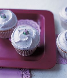 earl grey cupcakes with lavender vanilla buttercream