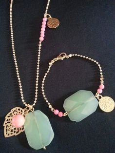 Matching set made out of jade gemstones, peach beadies and gold coloured accents.