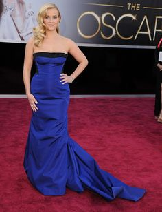 Reese Witherspoon en Louis Vuitton dress and diamonds at the 2013 Oscars