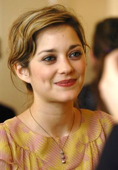 Marion Cotillard -> Belle