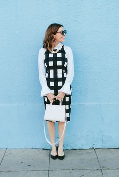 Tired of boring work outfits? Take your work outfit up a notch with this cute black and white gingham banana republic dress on art in the find @bananarepublic | work outfit | cute work outfit | work outfit ideas women | gingham dress outfit | street style | work wear women | sleeveless dress outfit ideas |