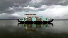 Discovery houseboat, Kerala