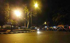 23 Pemandangan Indah Di Bogor Malam Hari Kawasan Air Mancur Bogor Di Malam Hari Lovely Bogor Download Richies The Farmer Sent Di 2020 Pemandangan Air Mancur Malam