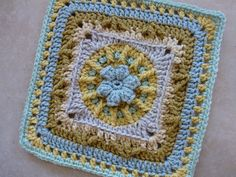 Flowers and Trebles, Crochet. Pattern FREE on Ravelry.