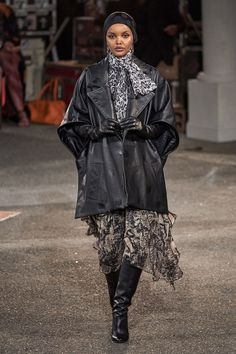 Tommy Hilfiger Fall 2019 Ready-to-Wear Fashion Show - Vogue Tommy Hilfiger, Fashion Week, New York Fashion, Fashion Trends, Fashion Show Collection, Couture Collection, Vogue Paris, Backstage, Mode Simple