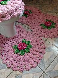 Resultado de imagem para jogo de banheiro de croche