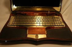 Steampunk stained glass laptop by Datamancer.com. Mad, but incredibly, beautifully stylish !