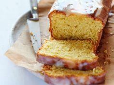 Cake ultime au citron, facile et pas cher Cake Ultime Au Citron, Cake Aux Olives, Cake Simple, Gateaux Cake, Cornbread, Vanilla Cake, Banana Bread, Ethnic Recipes, Desserts