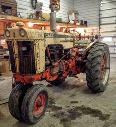 CASE 830 Comfort-King Case Tractors, Old Tractors, Classic Tractor, Antique Tractors, Rubber Tires, Old Farm, King, Vehicles, David