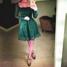 Emerald Green Prom Dress,Short Homecoming Dress,Lace Homecoming Dress,Short Prom Gowns,Elegant Party Dresses,Semi Formal Dresses,Long Sleeves Dresses