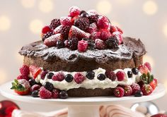 Chocolate Cake with summer berries recipe - Easy Countdown Recipes 35th Birthday Cakes, Delicious Desserts, Yummy Food, Healthy Food, Delish Cakes, Cake Recipes, Dessert Recipes, Summer Berries, Christmas Breakfast