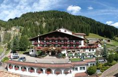 Hotel Cesa Tyrol Canazei Offering a free wellness centre and gym, Hotel Cesa Tyrol is in Canazei and has a free ski bus to the Belvedere slopes 700 metres away. Its restaurant is open at lunch and dinner.  Every room has a furnished balcony overlooking the garden.