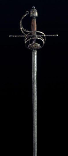 Espada ropera de lazo - España - Siglo XVI - Museo Lázaro Galdiano, Madrid.