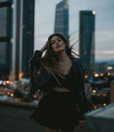 Urban Lifestyle Photography Pose & Fashion Ideas – – - New Site