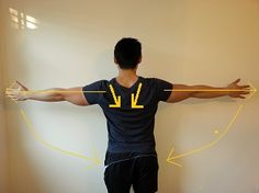 Shoulder position reset - Reach out your hands as far to the side as possibl. Neck And Shoulder Exercises, Shoulder Posture, Shoulder Muscles, Shoulder Workout, Winged Scapula Exercises, Better Posture Exercises, Posture Fix, Bad Posture, Fix Rounded Shoulders