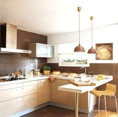 küchenzeile L-form holzfronten schoko braune fliesen spritzschuz