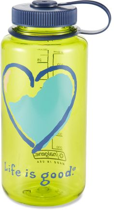 This 32 fl. oz. Life is good® water bottle keeps Mom hydrated and happy with fresh colors and graphics.