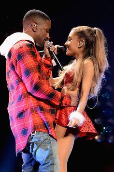 PDA alert! Ariana Grande and Big Sean put on a hot show.