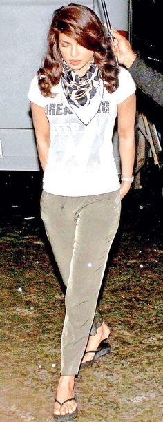 Priyanka Chopra arriving at Mehboob Studio for the shoot of 'Dil Dhadakne Do