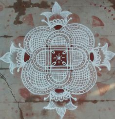 Free Hand Rangoli Design, Rangoli Designs With Dots, Beautiful Rangoli Designs, Padi Kolam, Simple Rangoli, Party, House, Home, Parties
