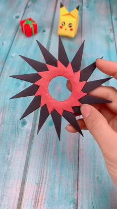 Diy Crafts Hacks, Diy Crafts For Gifts, Diy Arts And Crafts, Creative Crafts, Instruções Origami, Paper Crafts Origami, Origami Videos, Cool Paper Crafts, Origami Tutorial