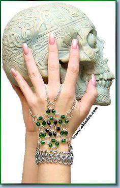 Dancer Handstar, Harem hand bracelet. Fancy slave bracelet handcrafted to order by Chainmail & More.