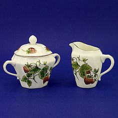 Strawberry Pattern Dishes | Pottery, Porcelain & Glass > Porcelain/ China > Coalport > Tableware